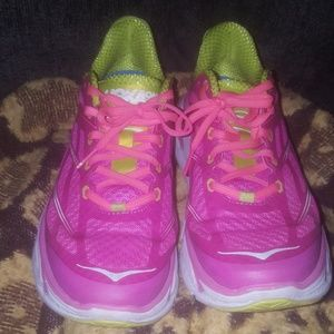 Hoka tennis shoes size 9.5